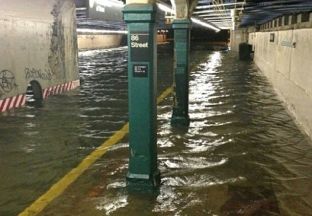 hurricane-sandy-subway-flooding-537x373